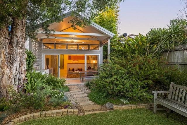 1floor-modern-elegent-white-house (1)