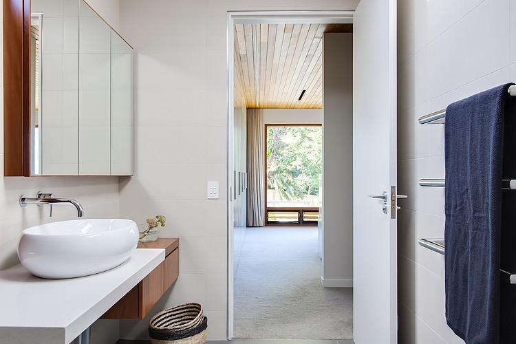 Modern Loft Island house Australia (8)