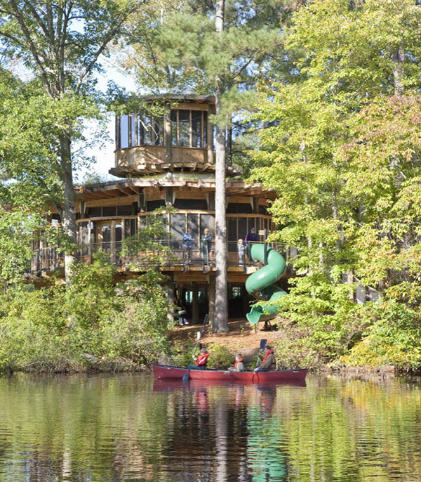Timber Lakefront Treehouse (7)