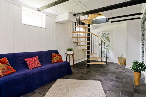 blue-villa-house-with-basement (2)