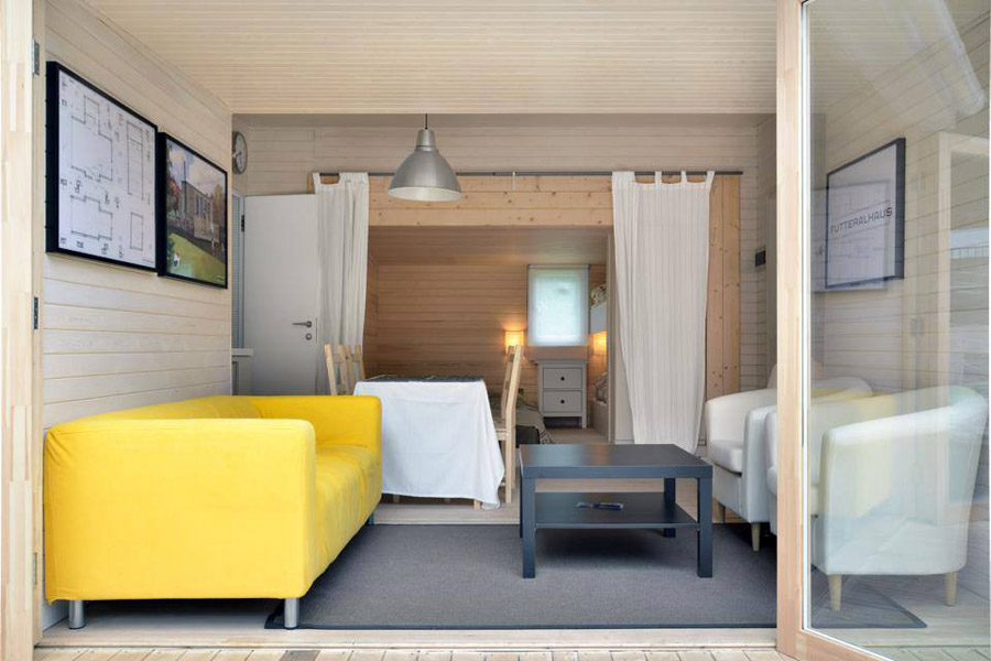 compact mobile white cottage (2)