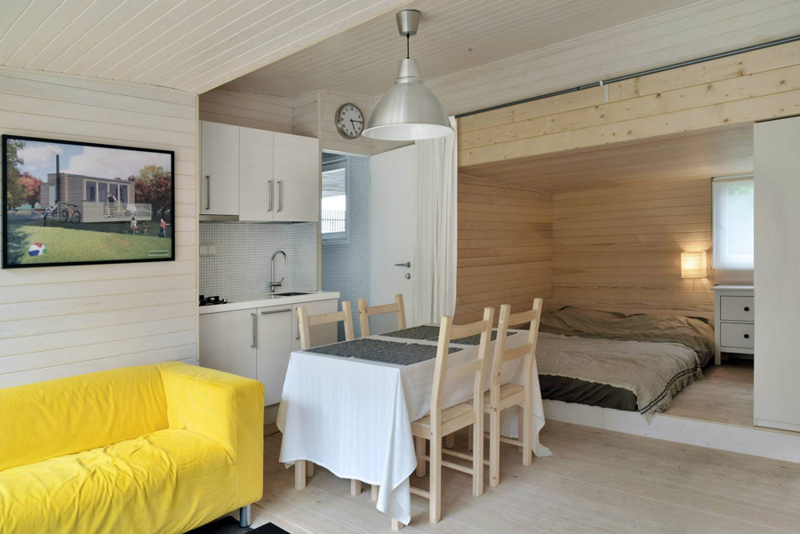 compact mobile white cottage (3)