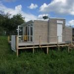 แบบบ้านกระท่อมขนาดคอมแพ็ค ความเรียบง่ายและเป็นส่วนตัวที่สร้างได้ภายในหนึ่งวัน