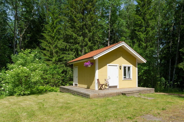 cute-yellow-cottage-houses-in-forest (29)