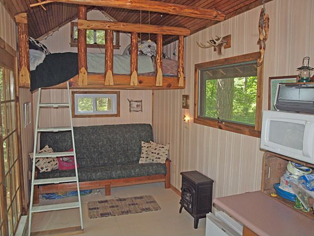 eau-claire-river-tiny-house-2_resize