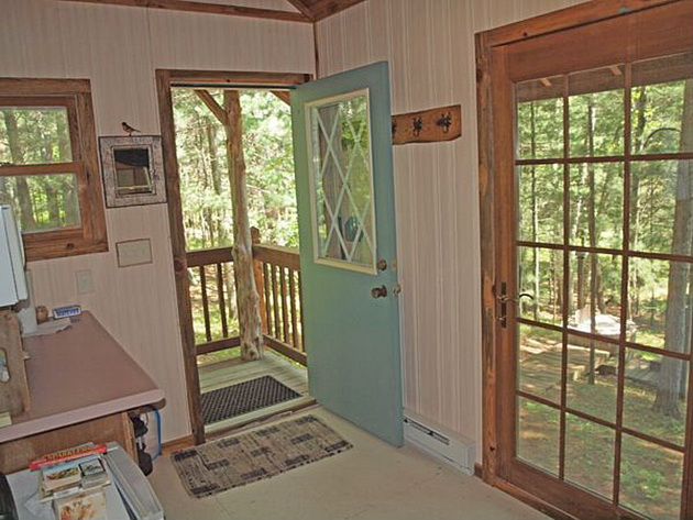 eau-claire-river-tiny-house-7_resize