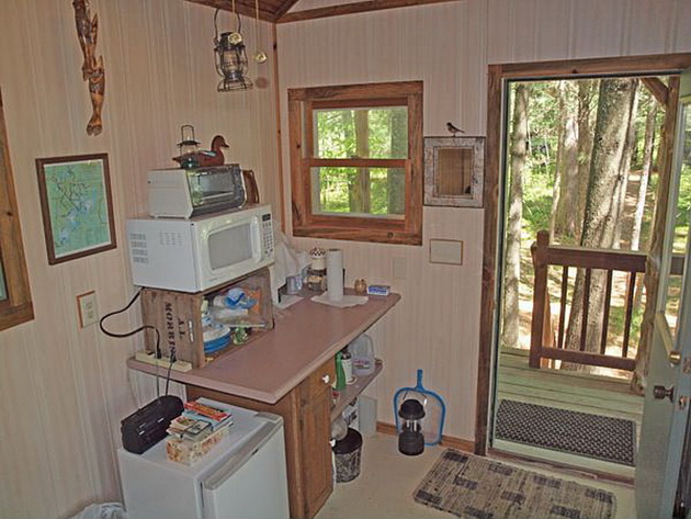 eau-claire-river-tiny-house-9_resize