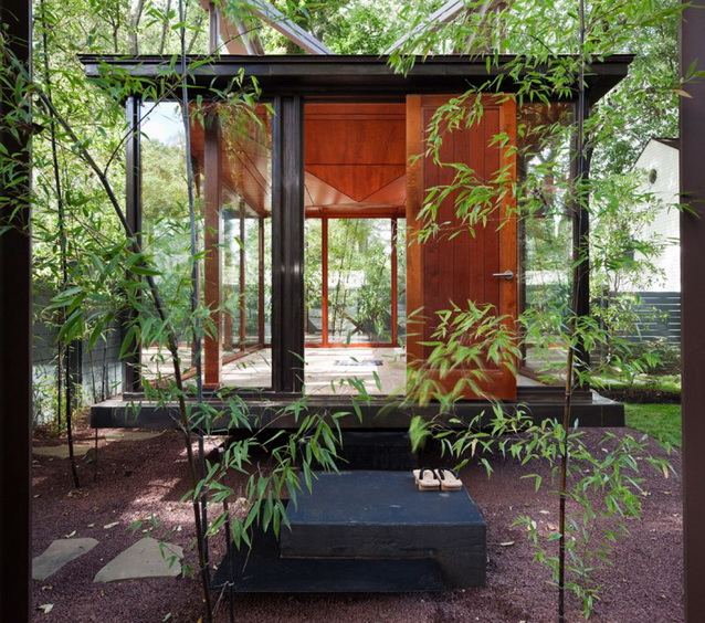 japanese-tea-house-in-peaceful-forest (3)