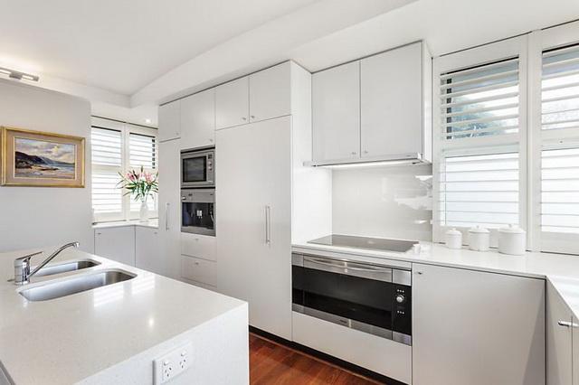 modern-big-elegant-house-4-family (5)_resize