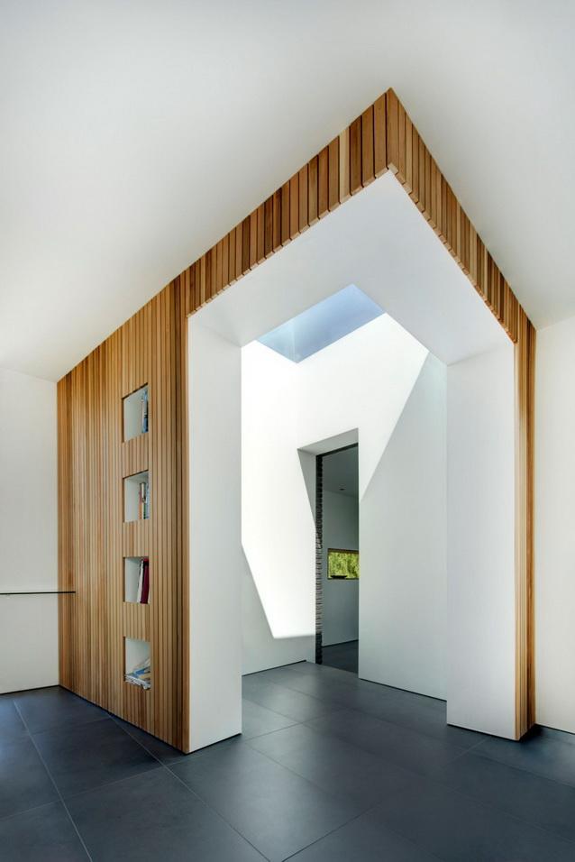 modern house under nature circumstance with zen garden (13)