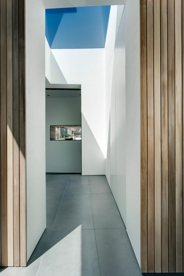 modern house under nature circumstance with zen garden (15)
