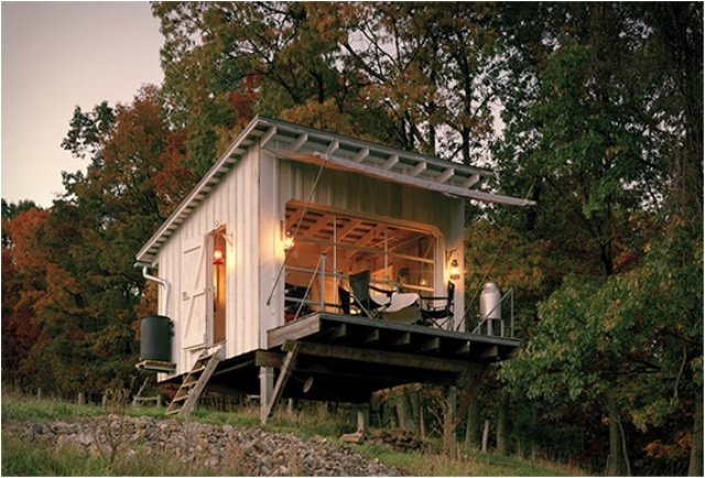off-the-grid-cabin-with-a-traditional-interior-1