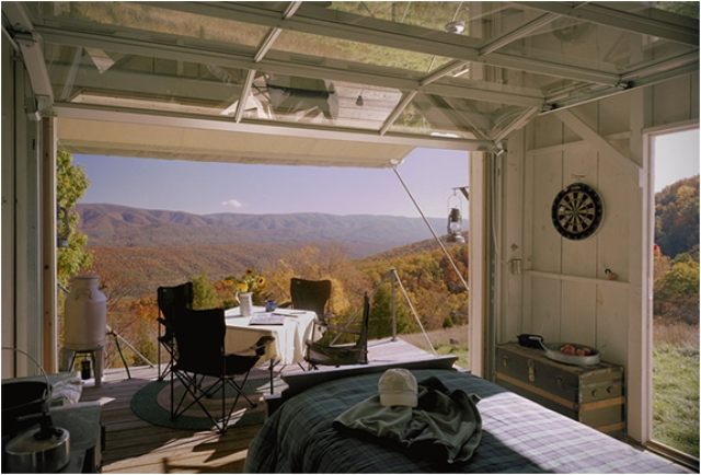 off-the-grid-cabin-with-a-traditional-interior-5