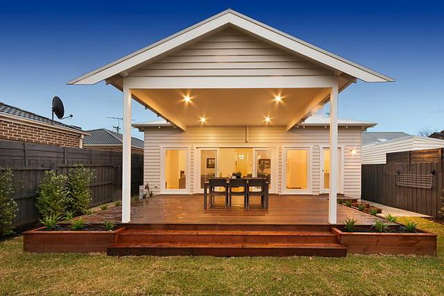 plain-cottage-white-house (7)