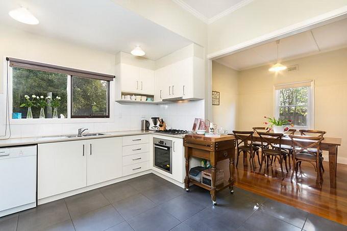 rural-cozy-convenient-comfort-cottage (10)