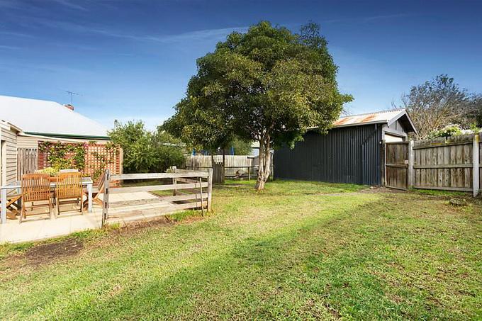 rural-cozy-convenient-comfort-cottage (2)