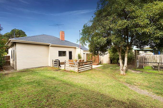 rural-cozy-convenient-comfort-cottage (3)