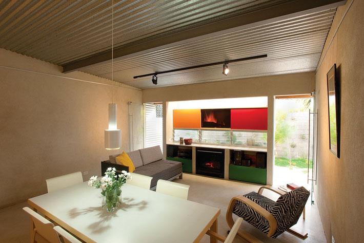small modern loft house with zen garden (4)
