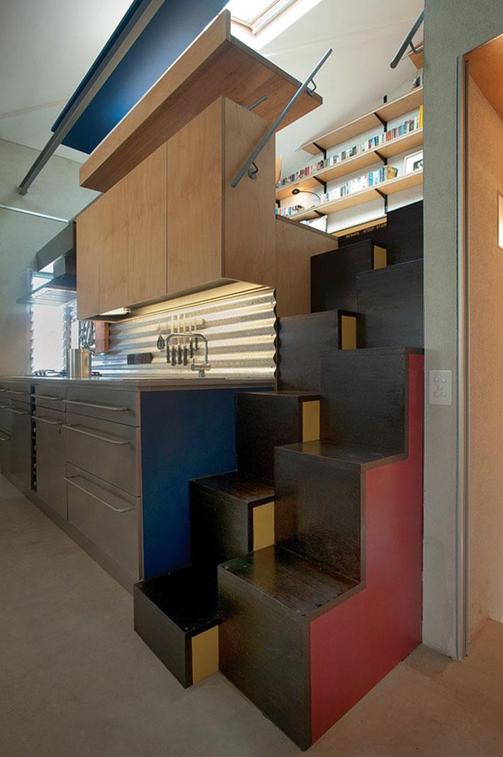 small modern loft house with zen garden (5)