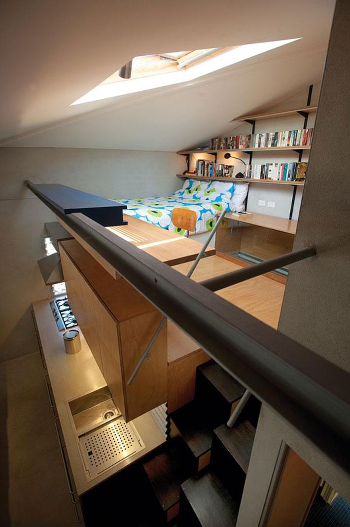 small modern loft house with zen garden (6)