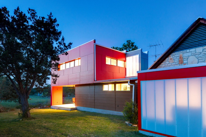 temporary-red-box-house (10)