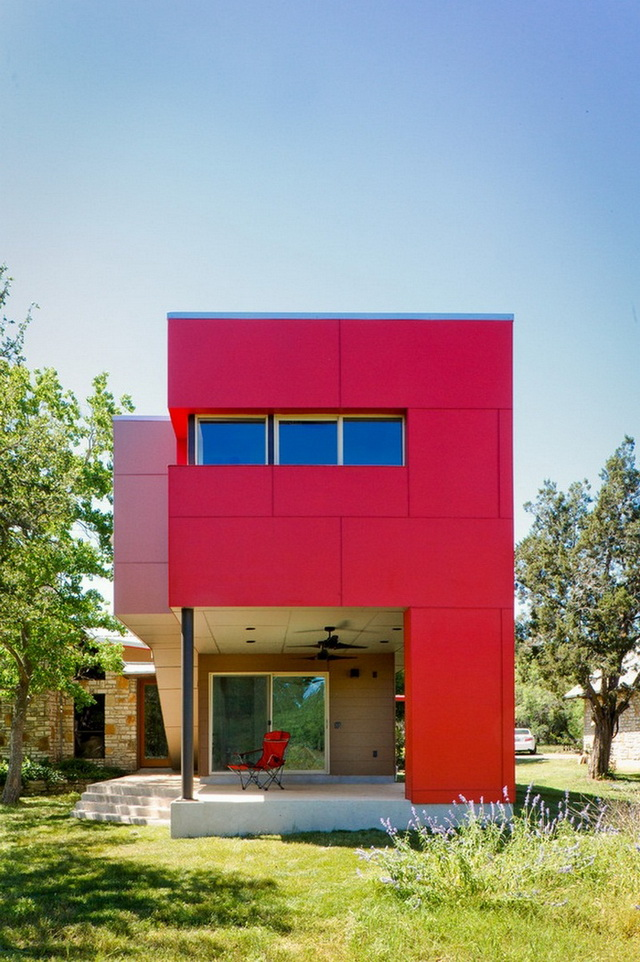 temporary-red-box-house (3)
