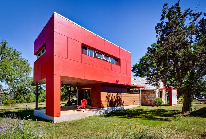 temporary-red-box-house (6)