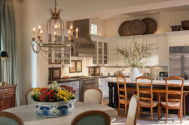 very-classic-and-elegant-house (4)