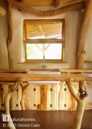 wooden-interior-earthen-house (2)