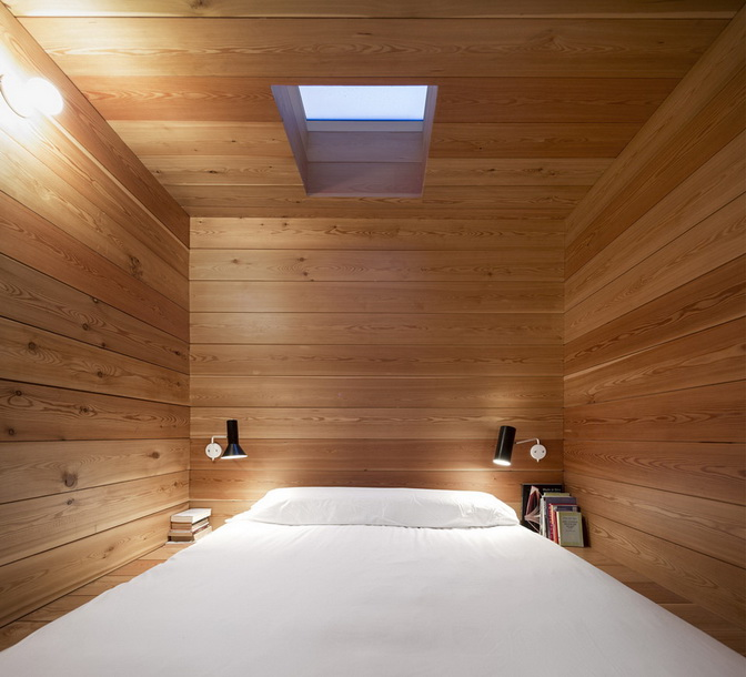 wooden-modern-country-house-in-wood  (3)