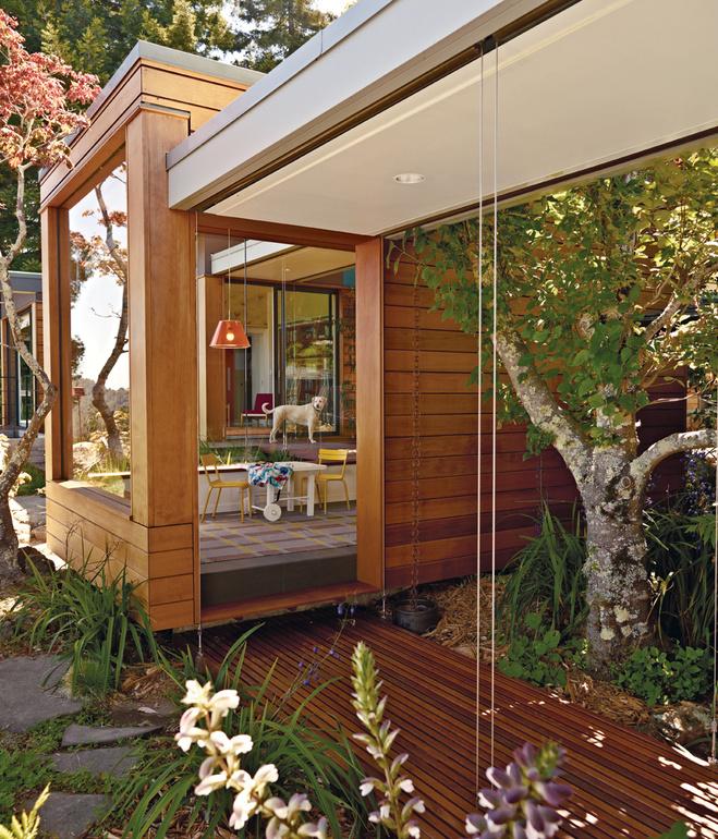 wooden modern house with water garden (6)