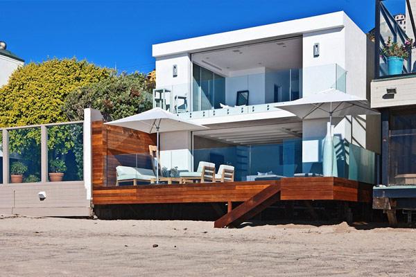 beach-modern-house-in-Malibu