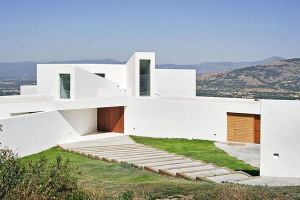 exterior-facade-modern-residence-El-Viento