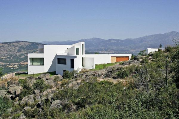 exterior-modern-residence-El-Viento