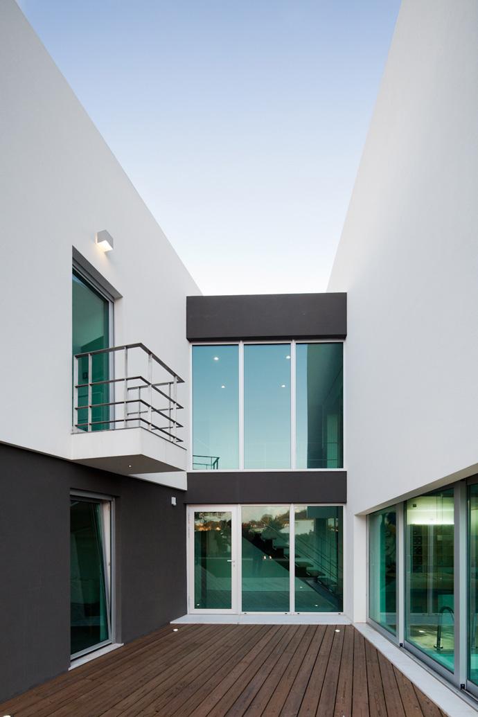 Godiva-House-DESIGNRULZ-26