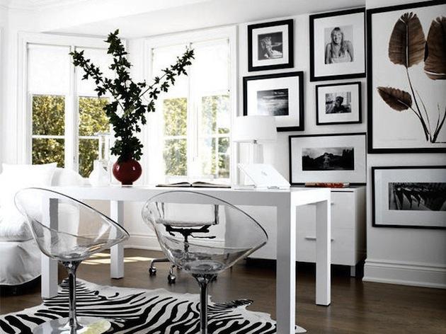 Design-Inspiration-15-Creative-Uses-of-Lucite-Furniture-3