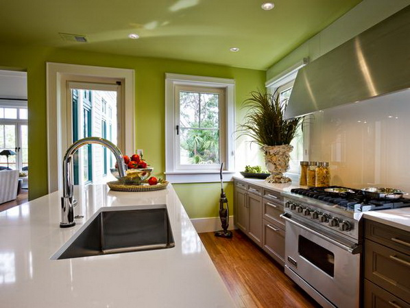 Kitchen-of-HGTV-Dream-Home-2013_01