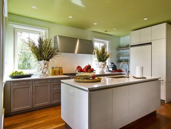 Kitchen-of-HGTV-Dream-Home-2013_02