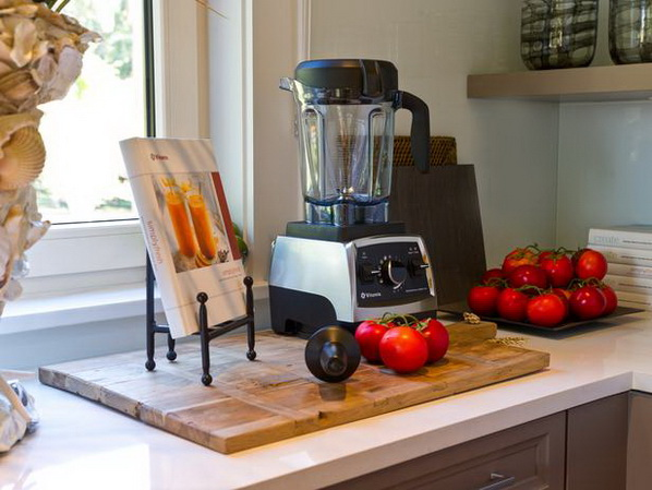 Kitchen-of-HGTV-Dream-Home-2013_04