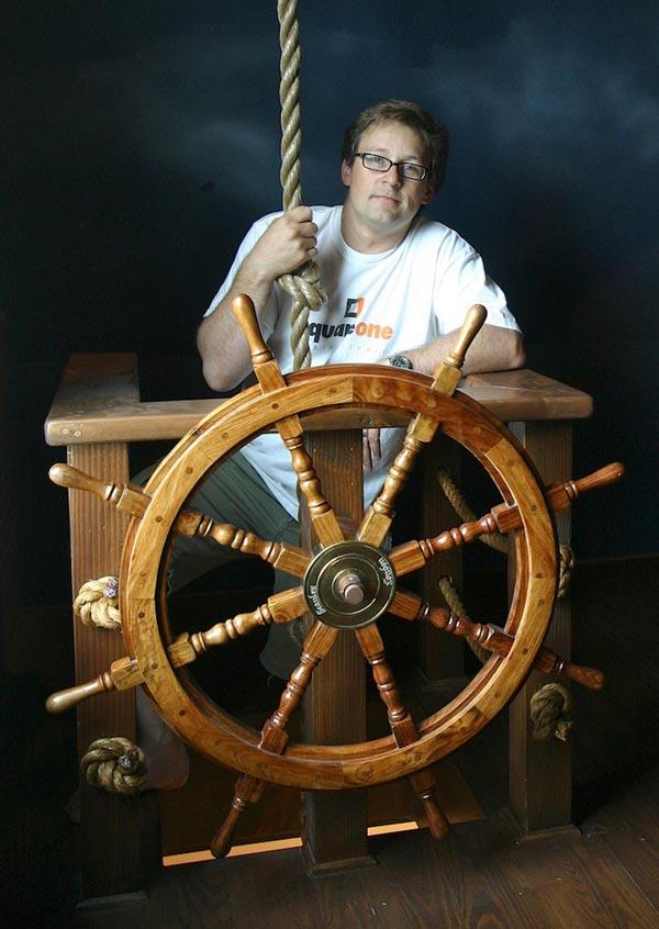 PirateShipBedroom12