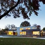 ไอเดียบ้านสไตล์โมเดิร์น 3 ชั้น แบ่งพื้นที่เป็นสัดส่วน สำหรับครอบครัวยุคใหม่