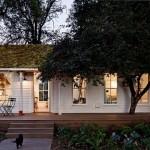 บ้านไม้สีขาวสำหรับครอบครัวเล็ก พื้นที่ไม่มาก แต่ความอบอุ่นเกินร้อย