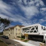 บ้านโมเดิร์นรูปรังนก สำหรับคนรุ่นใหม่ที่ชอบความแตกต่าง ริมทะเลออสเตรเลีย