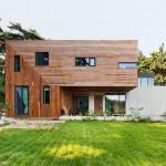 บ้านหรูหราก็ใช้ชีวิตพอเพียงได้ กับแบบบ้านโมเดิร์นหรู พร้อมพื้นที่เพาะปลูกรอบบ้าน