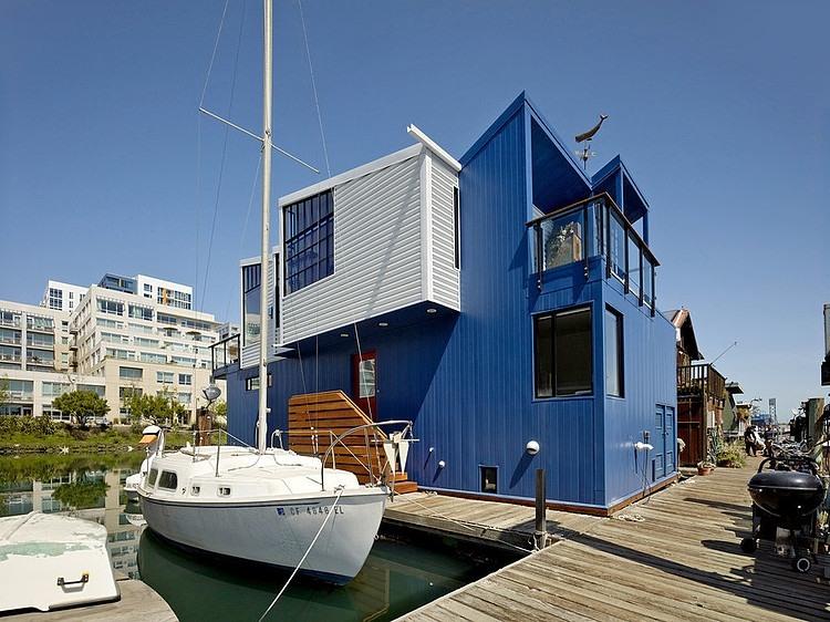 003-san-francisco-floating-house-robert-nebolon-architects