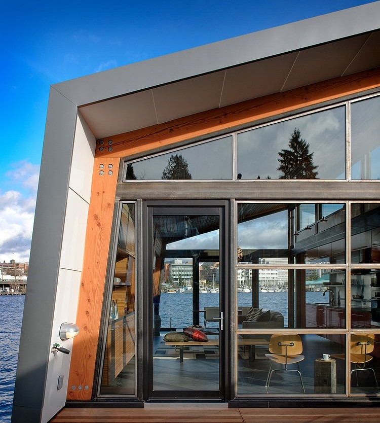 010-seattle-floating-home-dyna-contracting
