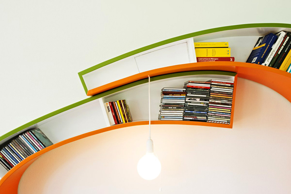 Bright-Orange-Green-Bookshelf3