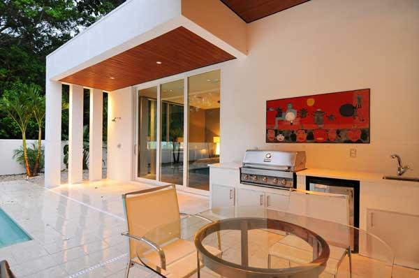 Custom-Contemporary-Home-5