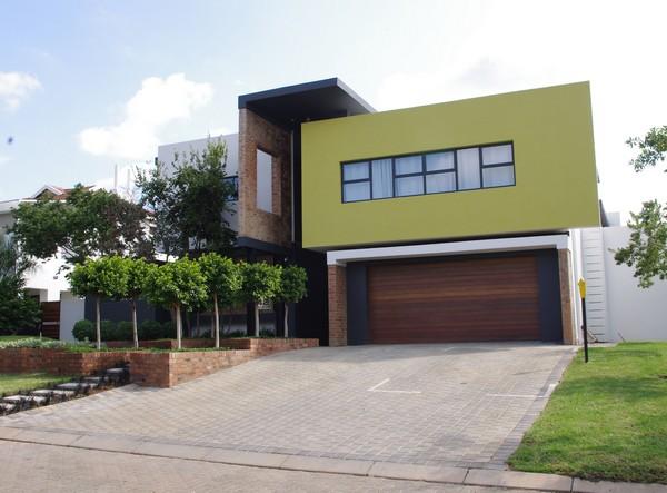 Housefront1