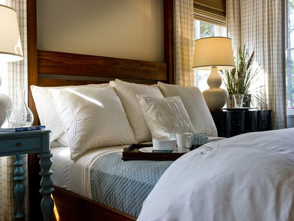 Master-Suite-Bedroom-of-HGTV-Dream-Home-2013_01